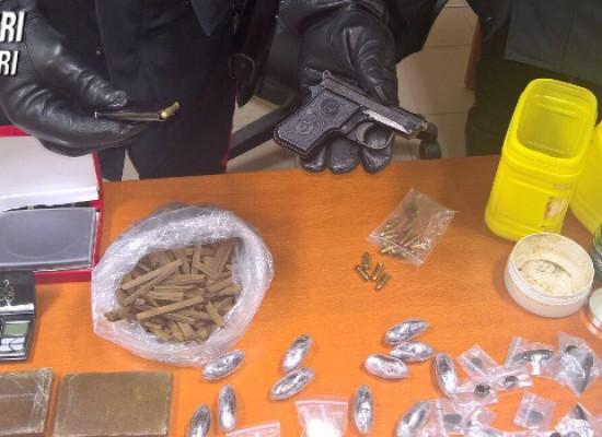 Carabinieri arrestano 38enne ai domiciliari, deteneva droga e una pistola