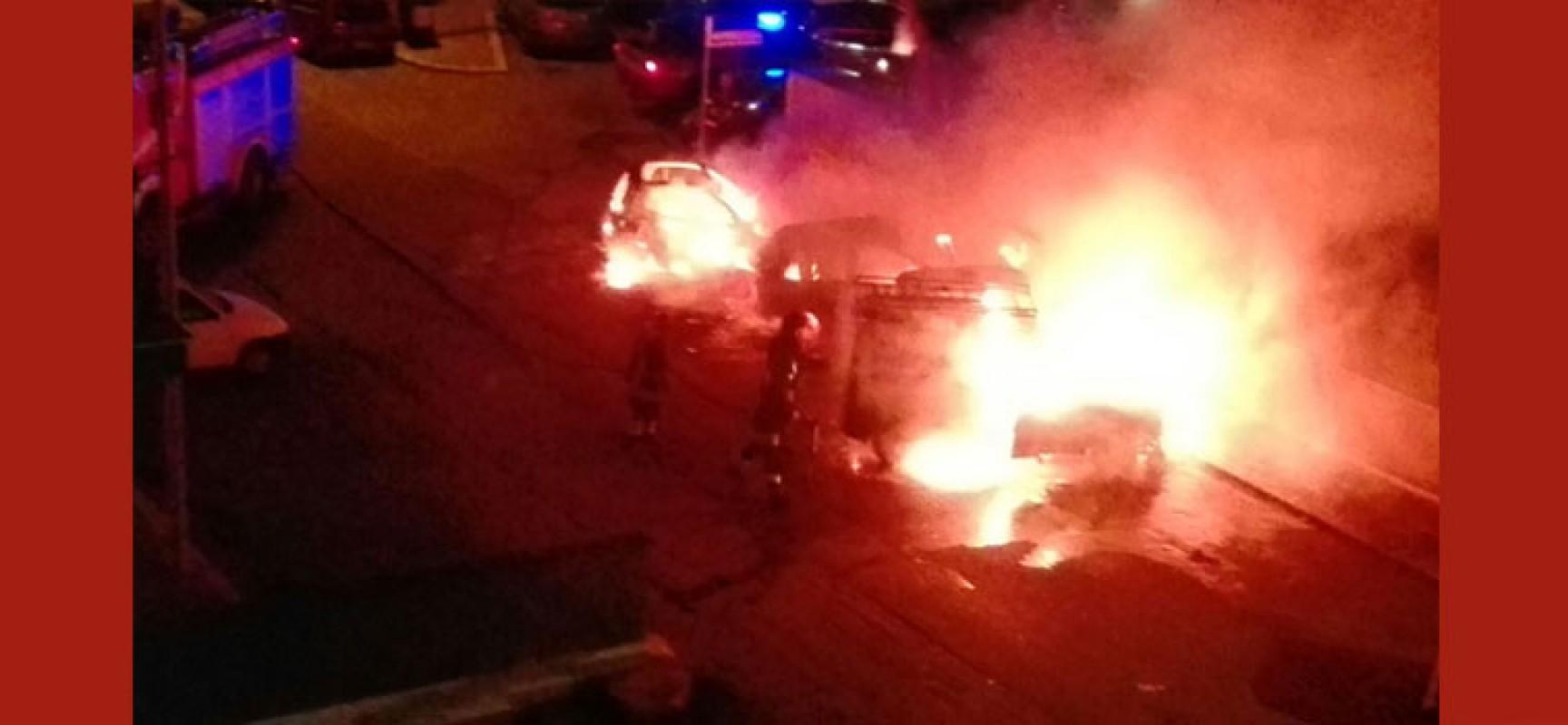 Sette auto incendiate in una notte nel quartiere Sant'Andrea
