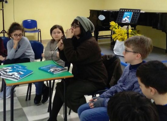 I ragazzi della Monterisi alla scoperta dell'Odissea con la scrittrice Carola Susani