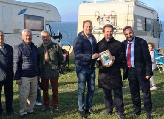 """I camperisti di Basilicata invadono il camping """"La Batteria"""""""