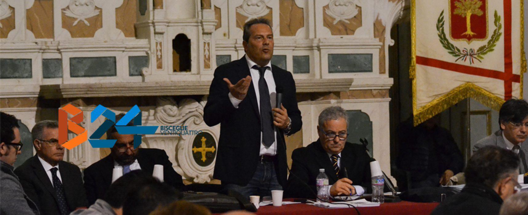 Incompatibilità sindaco Spina, venerdì 18 agosto nuovo atto in consiglio comunale