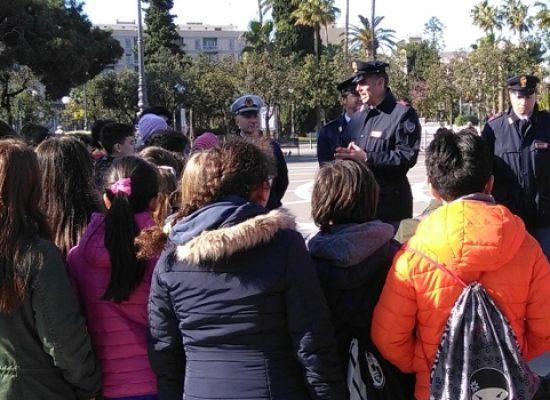 Le classi quinte cittadine a scuola di educazione stradale con la Polizia Municipale