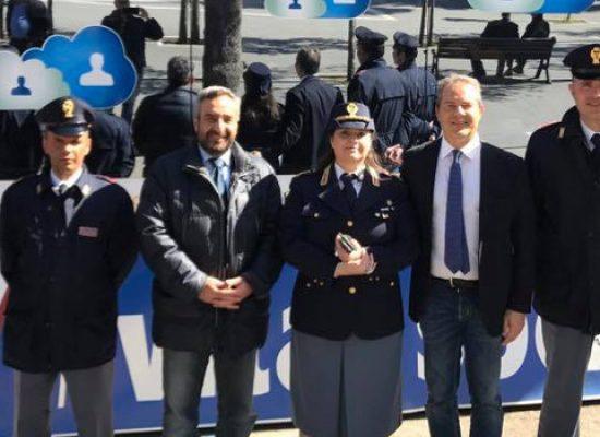 """""""Una vita da social"""", a Bisceglie campagna della Polizia di Stato per uso consapevole della rete"""