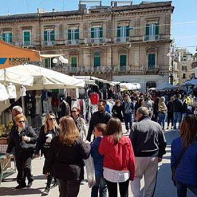 Mercato straordinario domenicale in piazza Vittorio Emanuele / DETTAGLI