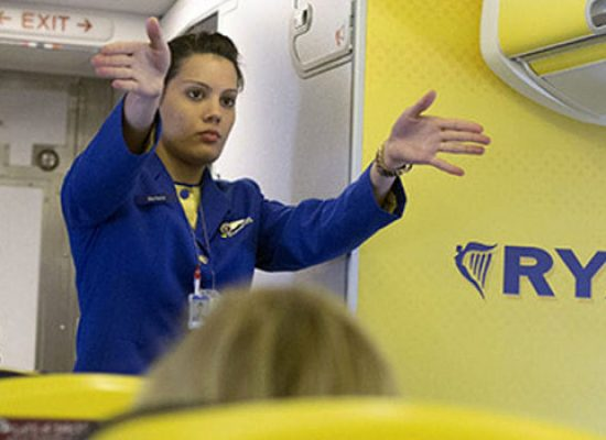 Ryanair cerca personale, il 6 aprile a Bari le selezioni