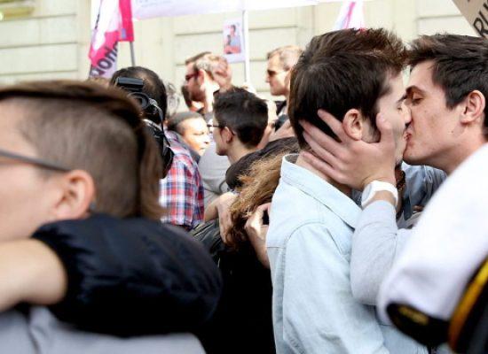 Arcigay Bat, tutte le iniziative per la Giornata Mondiale contro l'omofobia