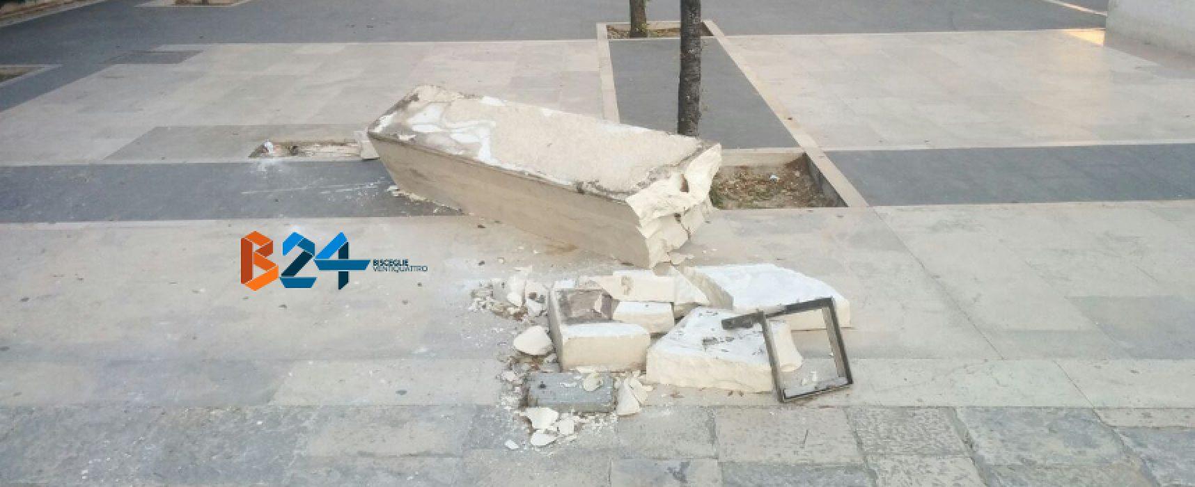 """Panchina divelta, Polizia Municipale: """"Atto compiuto nella notte tra martedì e mercoledì"""""""