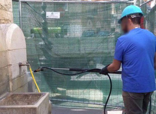 Cantiere Sociale BiSmart, procedono i lavori di restauro di fontane e beni culturali della città / FOTO