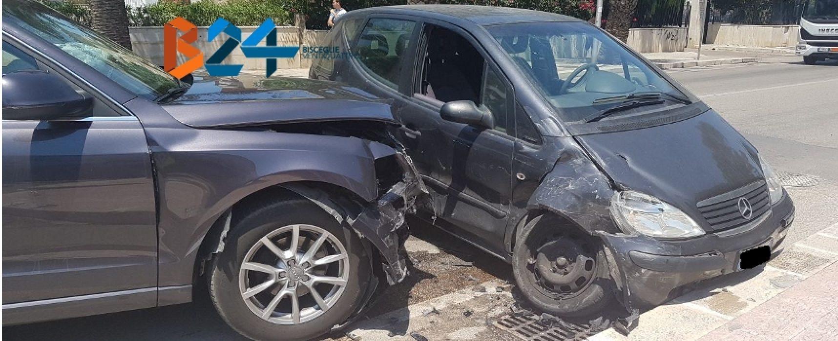 Incidente tra due auto in via sant'Andrea, una donna al pronto soccorso