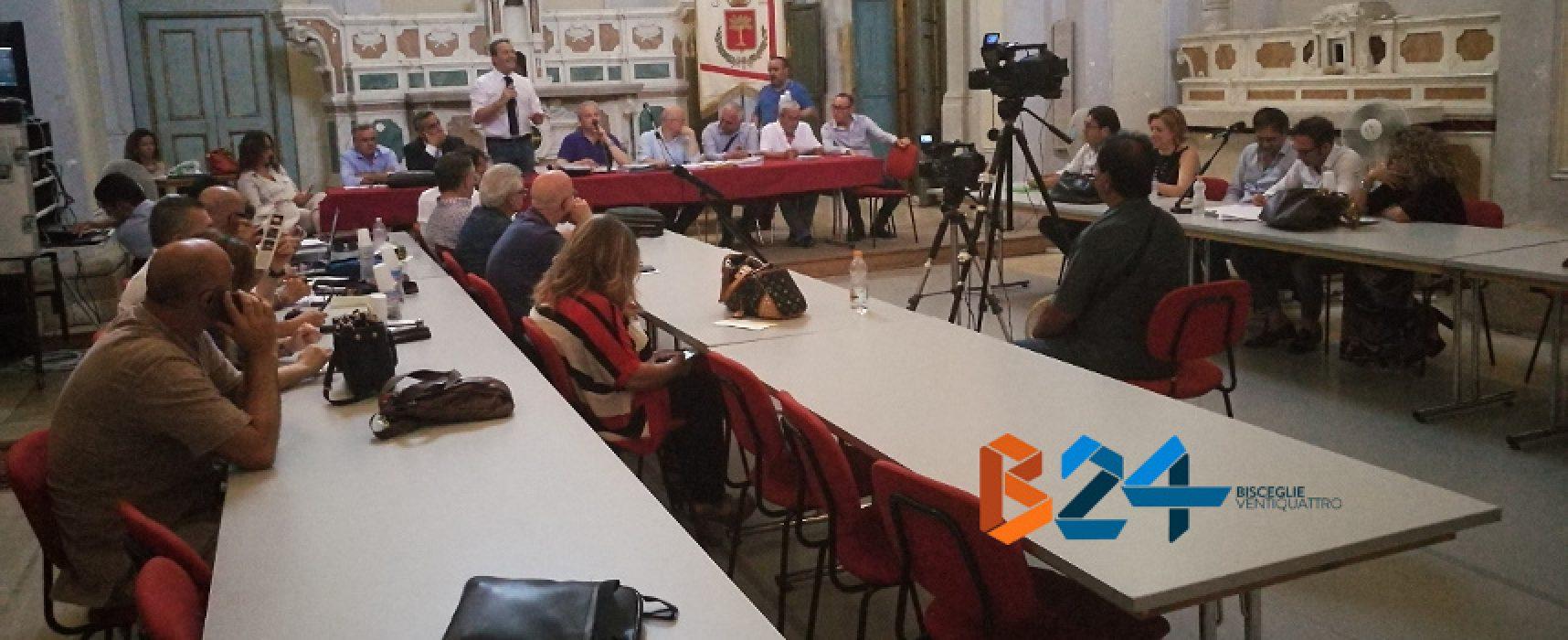 Consiglio comunale, tiene banco la raccolta differenziata: critica unanime ad Ambiente 2.0