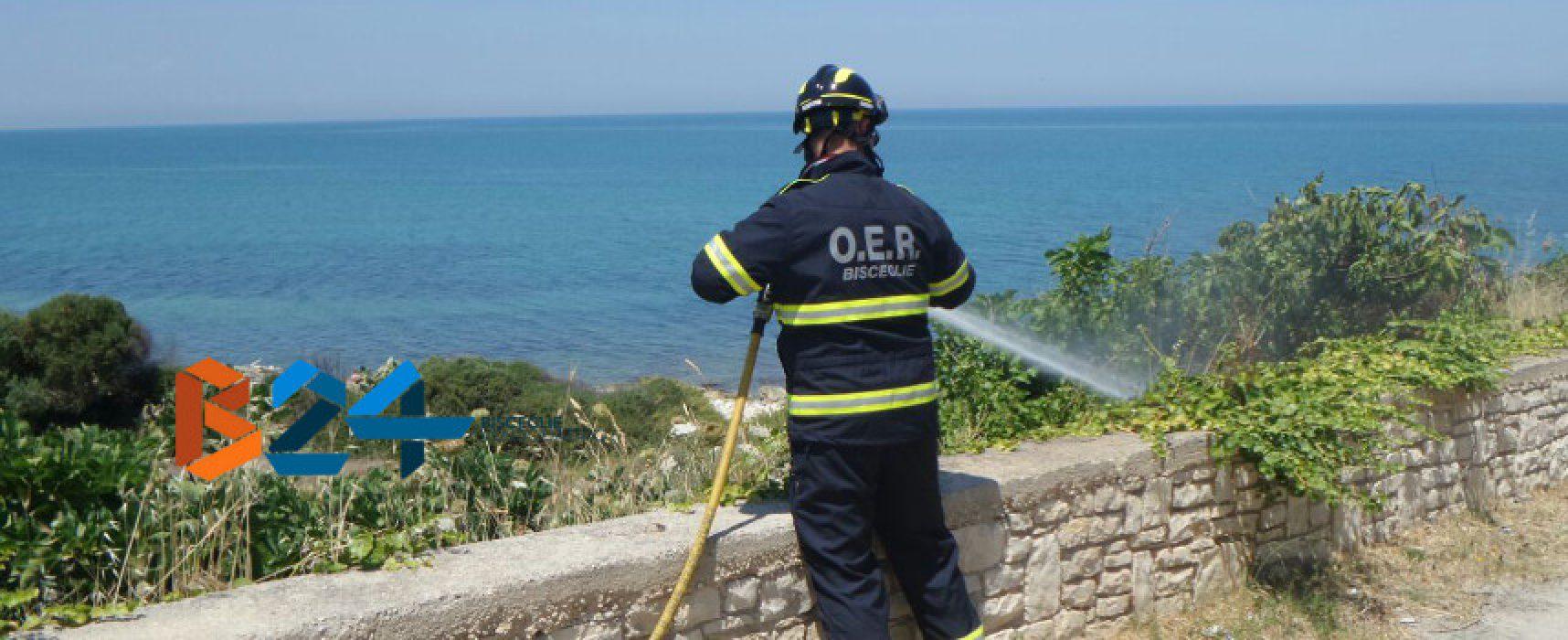 """Incendio di sterpaglie alla spiaggia """"La Torretta"""", interviene l'Oer"""