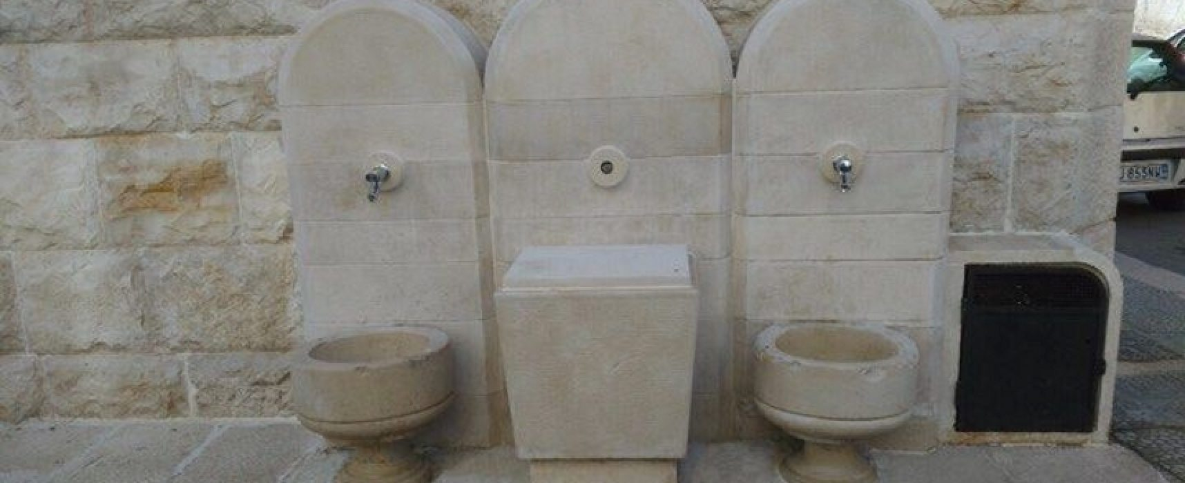 """Terminati i lavori di restauro alla fontana delle """"Tre Pompe"""""""