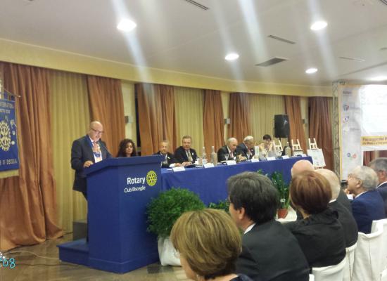 Rotary Club Bisceglie, Mauro Pedone cede il martelletto a Pierpaolo Sinigaglia