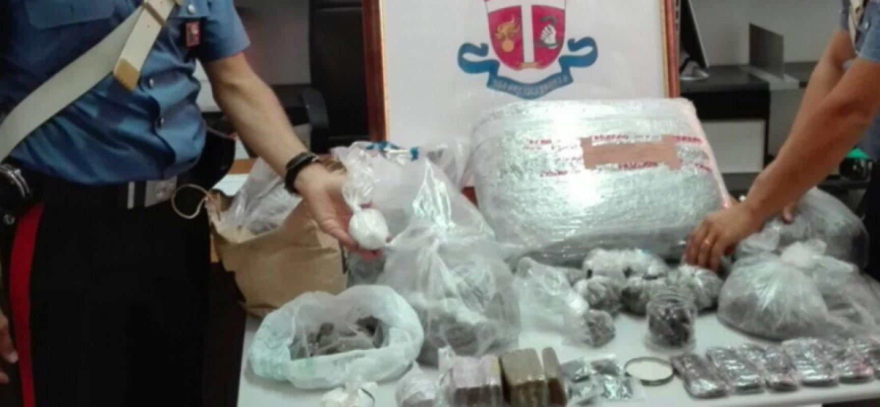 Droga e furto di energia elettrica, due arresti a Bisceglie