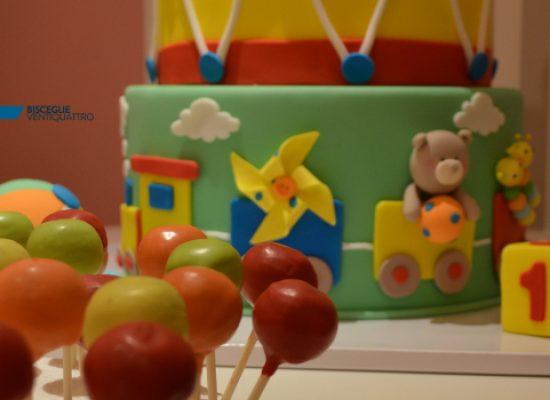"""Feste e bontà, ricorrenze e dolciumi: arriva """"La ciliegina sulla torta"""" / FOTO"""
