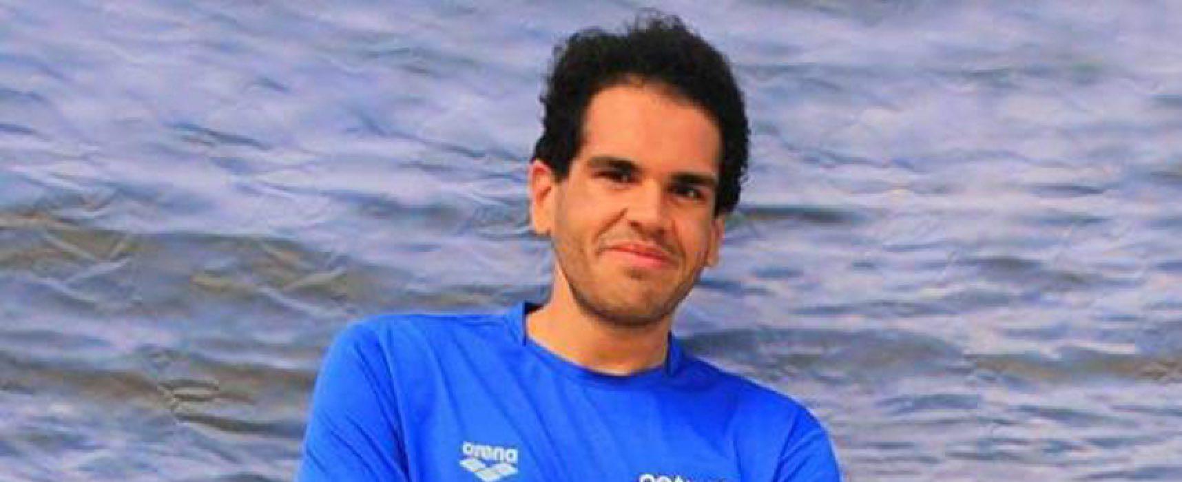 Il nuotatore Di Pierro tenta la traversata Bisceglie-Bari