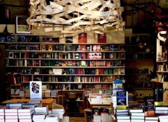 """""""Paesaggi di moda"""", Patrizia Calefato presenta il suo libro al Mondadori Bookstore"""