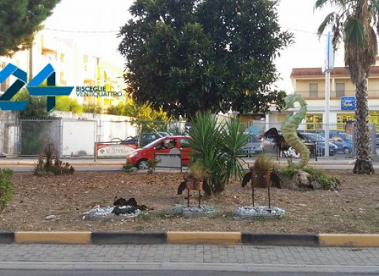 Ancora furti di arredi di rotatorie, rubata scultura in via san Martino / FOTO