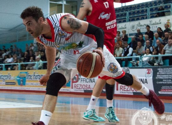 Basket, blitz esterno per la Di Pinto Panifici