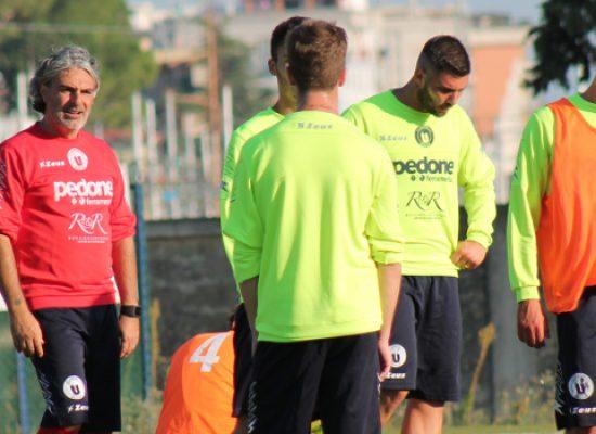 Unione Calcio a Gallipoli in cerca di conferme