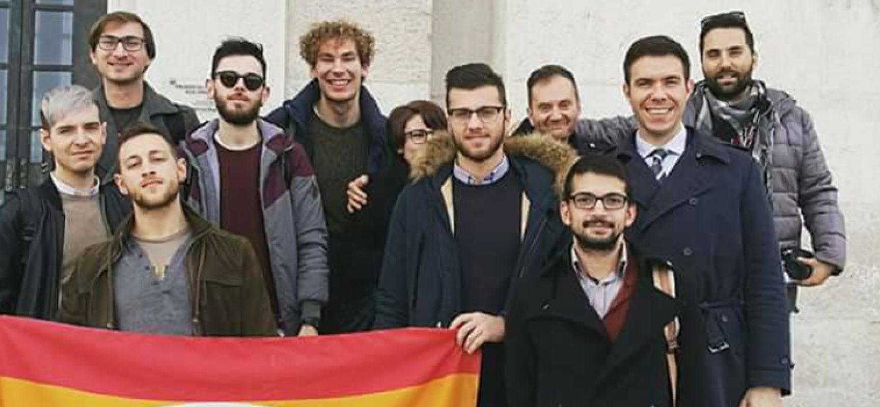 Emiliano presenta la legge regionale contro l'omofobia, presente l'Arcigay Bat