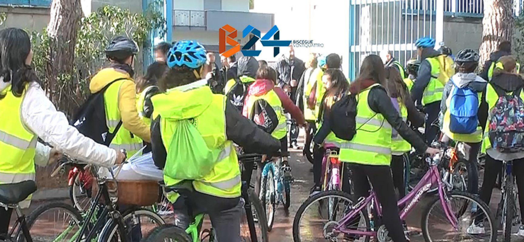 """Scuola in bici, Massimo Valente: """"La Monterisi sia da esempio, ciclotessera per ogni alunno"""""""