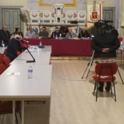 """Consiglio comunale, Angarano accusa: """"Manca guida autorevole"""", Fata replica: """"siate coerenti"""""""