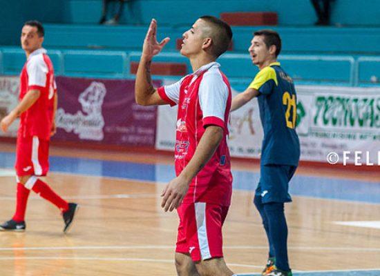 Diaz e la maledizione dei minuti di recupero, a Barletta è pari con il Futsal Bat
