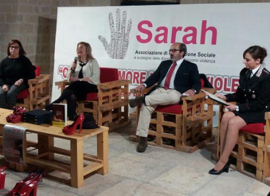 """Associazione Sarah: """"L'8 marzo non c'è nulla da festeggiare"""". Incontro con gli studenti del Cosmai"""