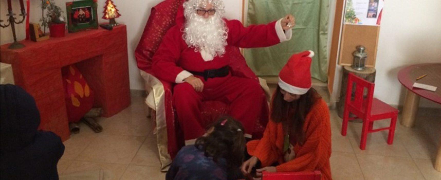 """Scrivere la letterina insieme a Babbo Natale, nella sua casa: l'iniziativa di """"Viale dei Ciliegi,17"""""""