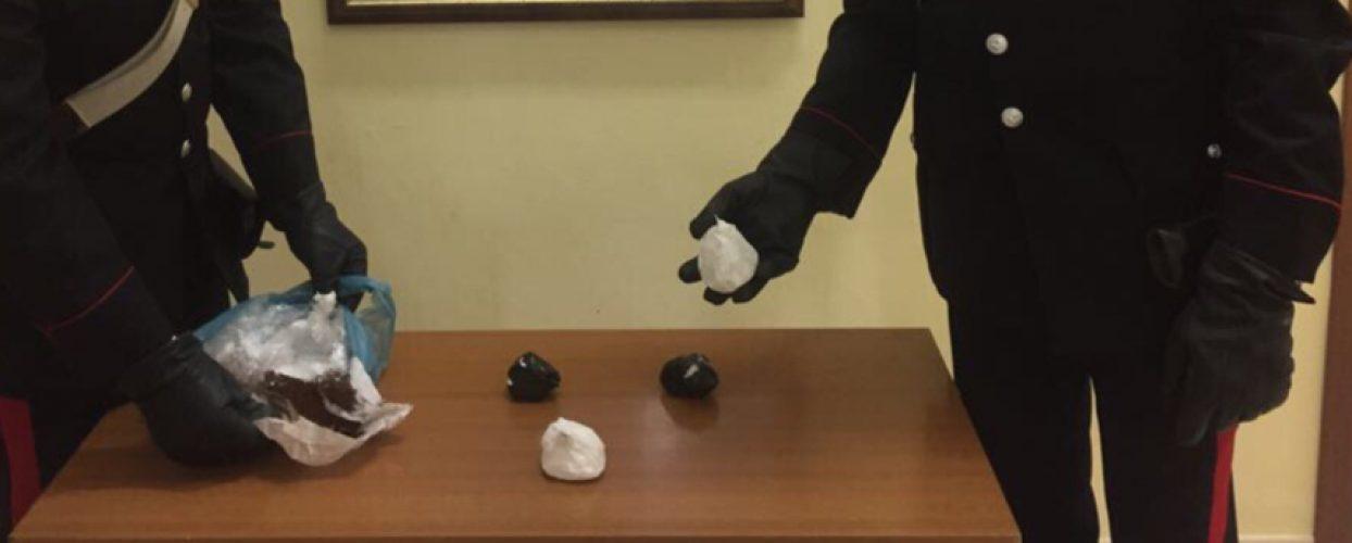 Carabinieri scoprono cocaina purissima nascosta in un ascensore