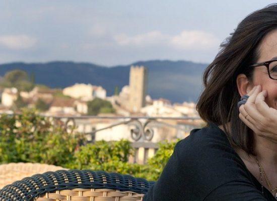 Catena Fiorello presenta il suo ultimo romanzo alle Vecchie Segherie Mastrototaro
