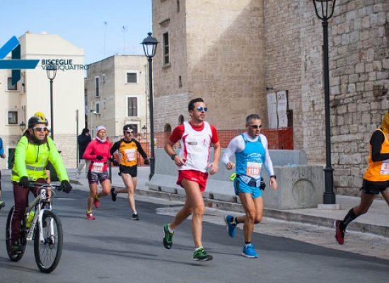 La Maratona delle Cattedrali passa per Bisceglie tra tifo e scenari suggestivi / FOTO