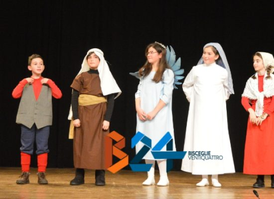 Compagnia dei Teatranti, successo per i piccoli attori guidati da Lella Mastrapasqua / FOTO
