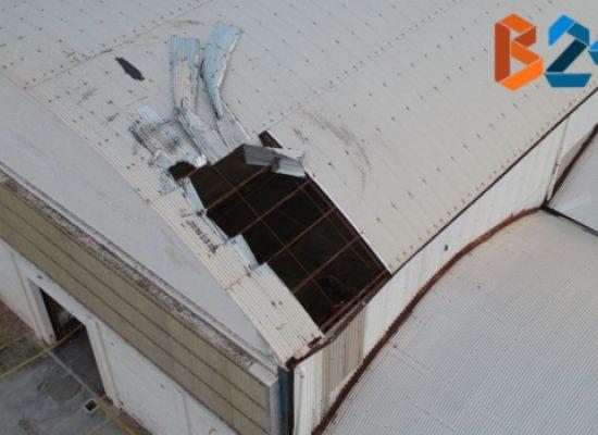 Ex Bimarmi, scoperchiata parte del tetto di un capannone / FOTO