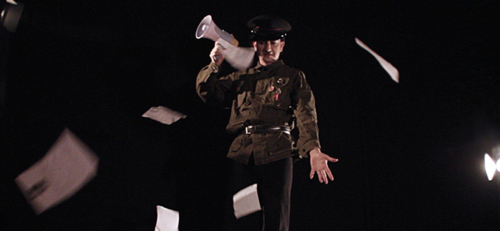 """""""Il piccolo dittatore"""", l'opera del biscegliese Belsito replica in altre scuole pugliesi"""