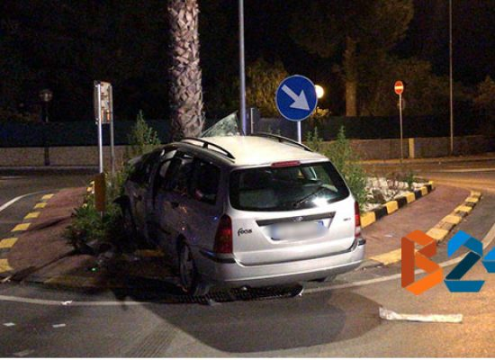 Incidente nella notte sulla Bisceglie-Trani, un morto e due feriti / VIDEO