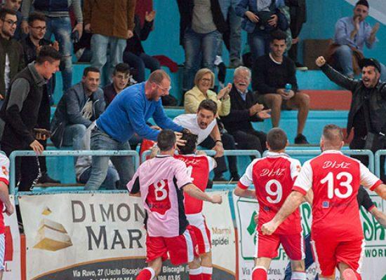 Sasso all'ultimo respiro, alla Diaz la finale playoff con il Futsal Salapia