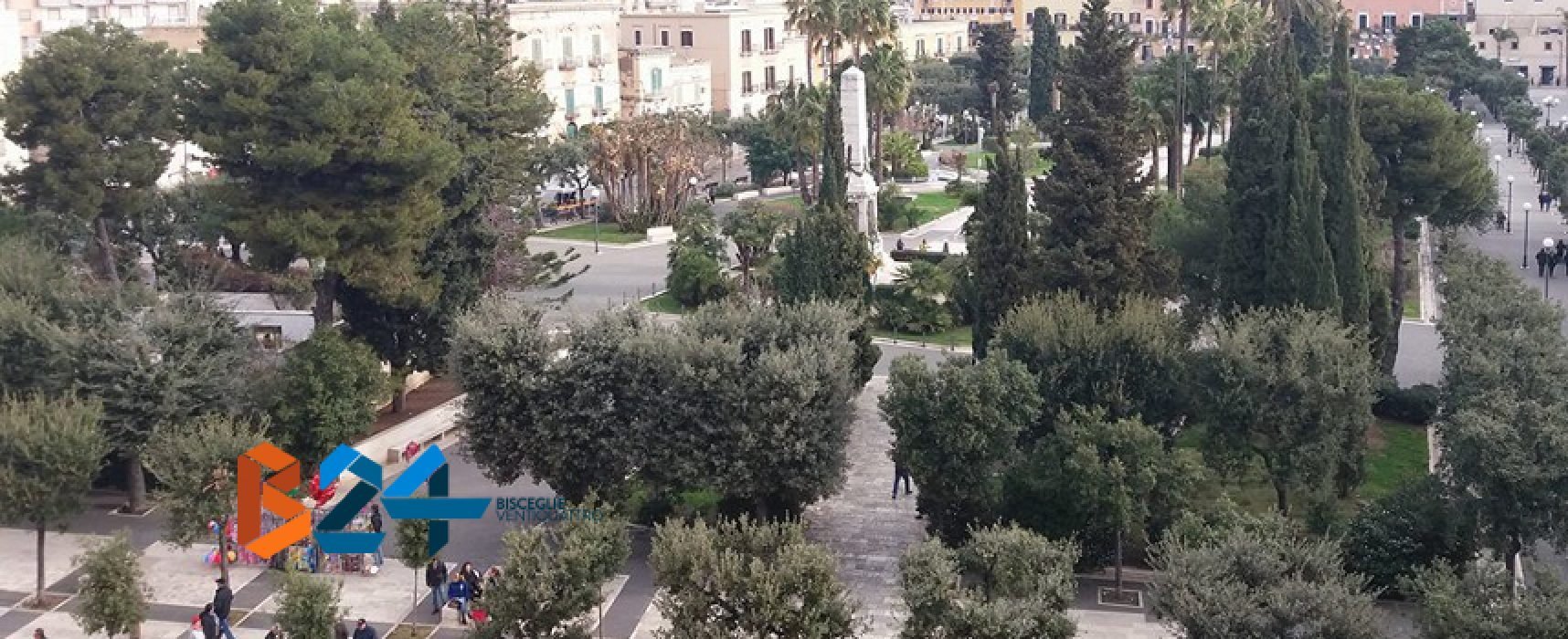 Droga: pusher 20enne arrestato dai carabinieri in piazza Vittorio Emanuele