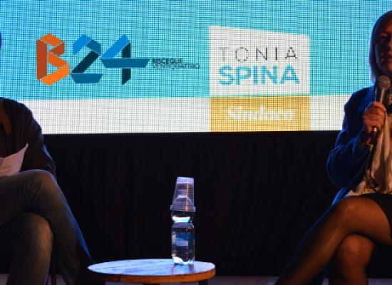 """Tonia Spina: """"Cittadini stanchi dei trasformismi. Serve un'altra Bisceglie"""" / VIDEO"""