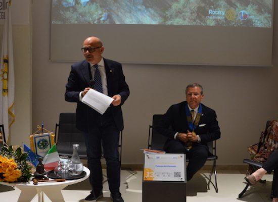 Segnali di Rotary, consegnato il service del club con l'installazione di 18 paline multimediali