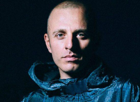 """Il rapper e cantautore Ghemon al Bookstore Mondadori per presentare il libro """"Io sono"""""""