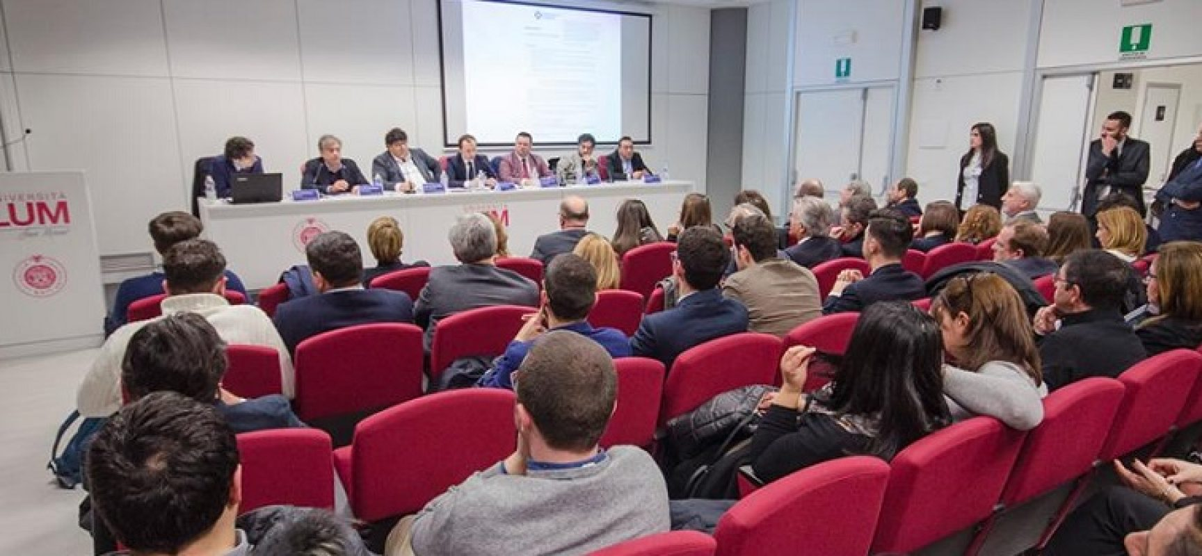 """L'impresa si fa, non si racconta"", a Bisceglie forum Riada"
