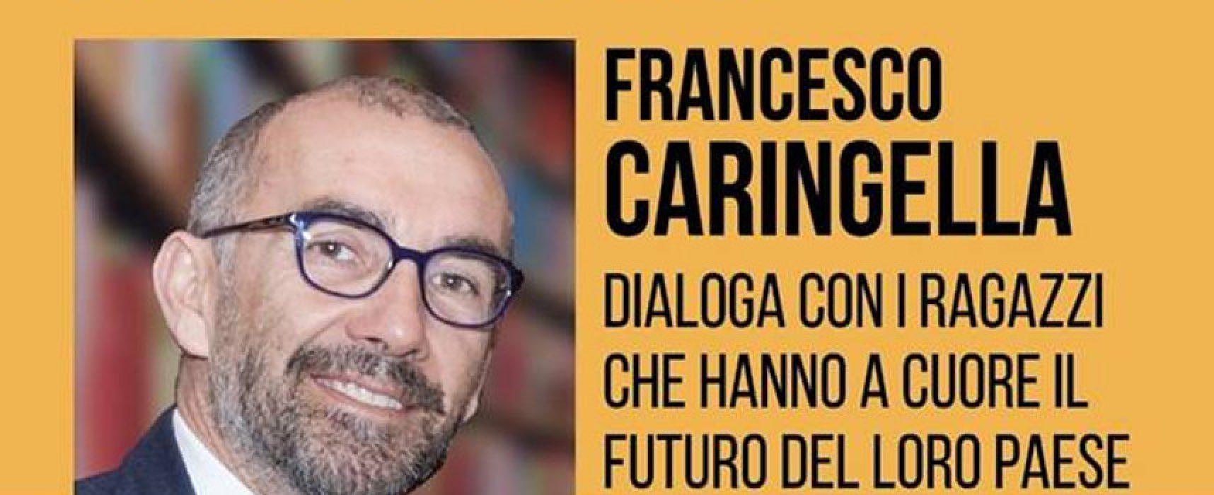 """""""La lotta alla corruzione parte da scuola"""", Francesco Caringella ospite del Mondadori Bookstore"""
