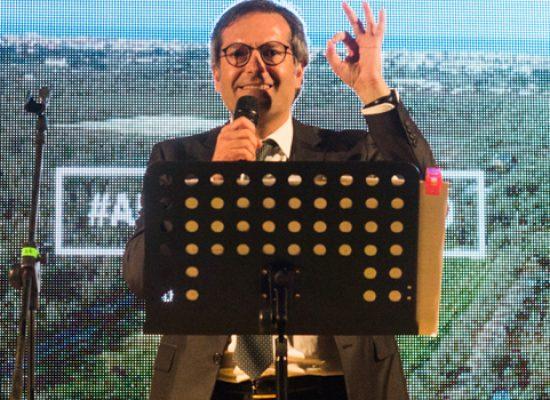 Angelantonio Angarano chiude la campagna elettorale con un comizio in Piazza Vittorio Emanuele