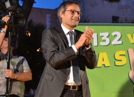 """Comizio di ringraziamento di Angarano in piazza: """"Sarò il sindaco di tutti e dei più deboli"""""""