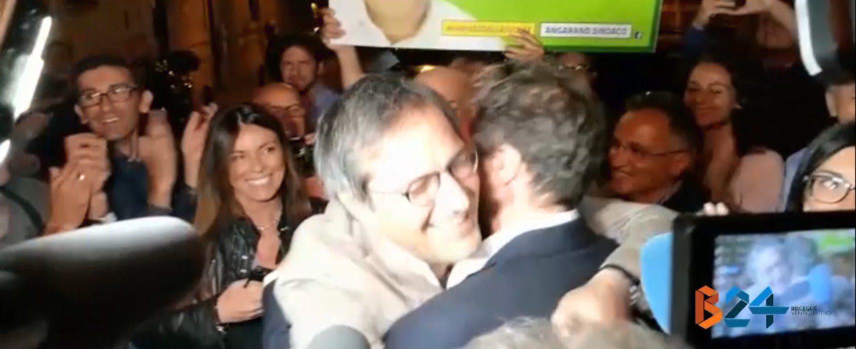 L'abbraccio fra Casella ed Angarano e le dichiarazioni a caldo dei due / VIDEO