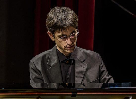 """Piano Lab fa tappa a Bisceglie con il """"concerto tedesco"""" di Mirco Ceci"""