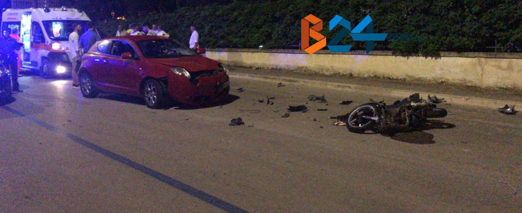 Frontale auto-scooter in via Luigi Di Molfetta, due giovani al pronto soccorso