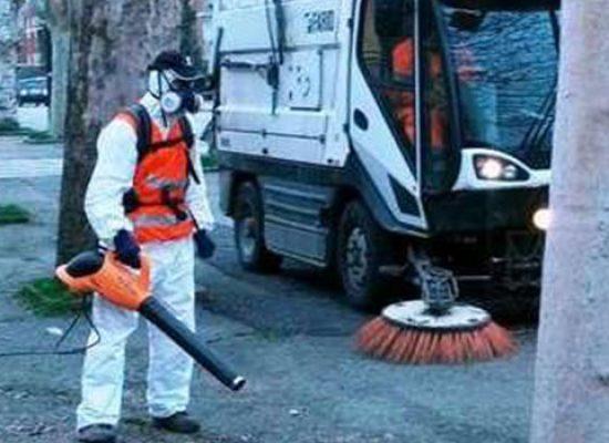 """Lavaggio straordinario strade cittadine, Consiglio: """"Rispettate calendari conferimento rifiuti"""""""